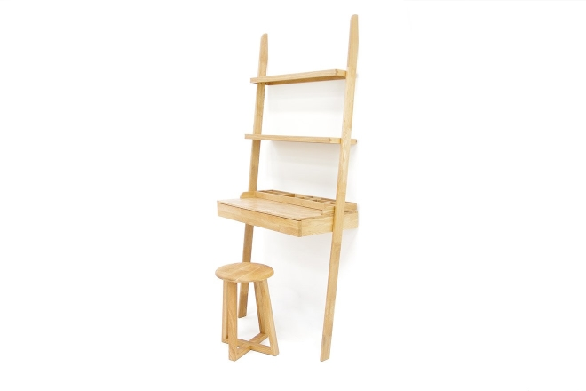 Oak Leaning Ladder Desk